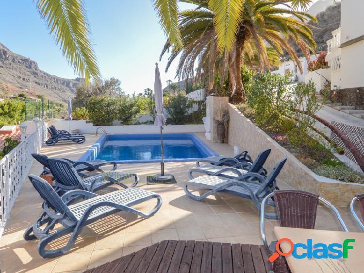 Fantástica finca rústica con piscina privada en medio de la naturaleza del barranco de ayagaures
