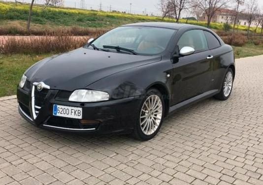 Alfa romeo gt 2.0 jts distinctive 3p.