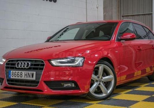 Audi a4 avant 2.0 tdi 150 multitr s line edition 5