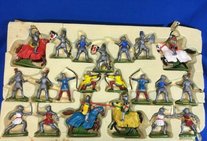 Britains ltd - cavalieri medievali - made in hong kong -