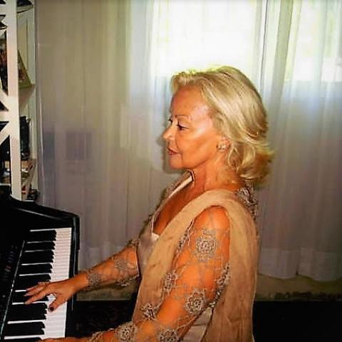 Clases particulares de piano en nueva andalucia, 607693252