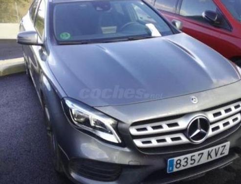 Mercedes-benz clase gla gla 200 d 5p.