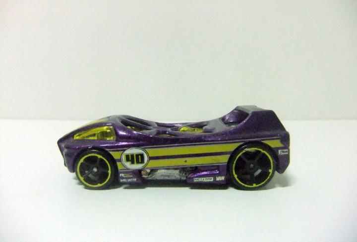 Night burner - hot wheels hw special features 2009 - escala