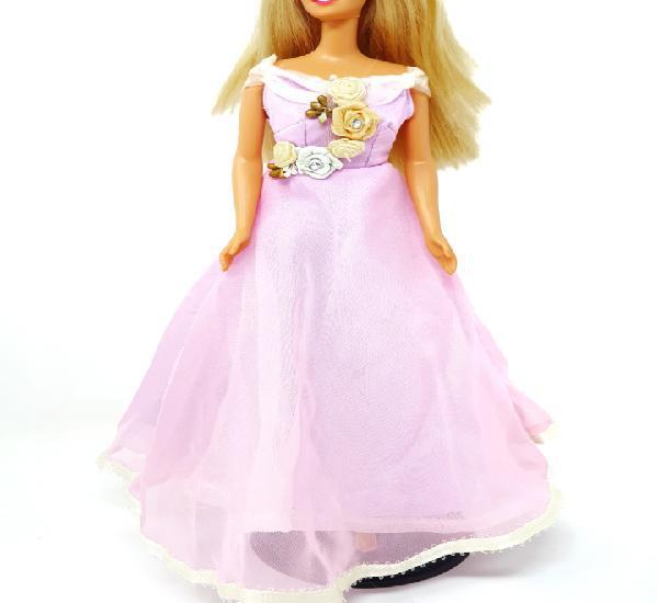 Vestido de austria de barbie por el mundo de rba