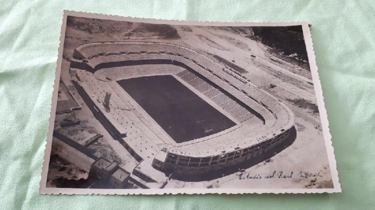 Foto antigua campo nuevo chamartín del real madrid