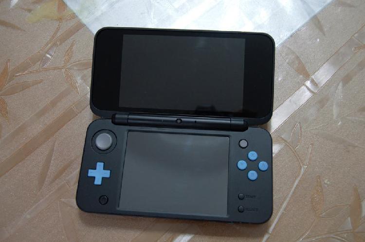New nintendo 2ds xl azul y negro como nuevo +juego