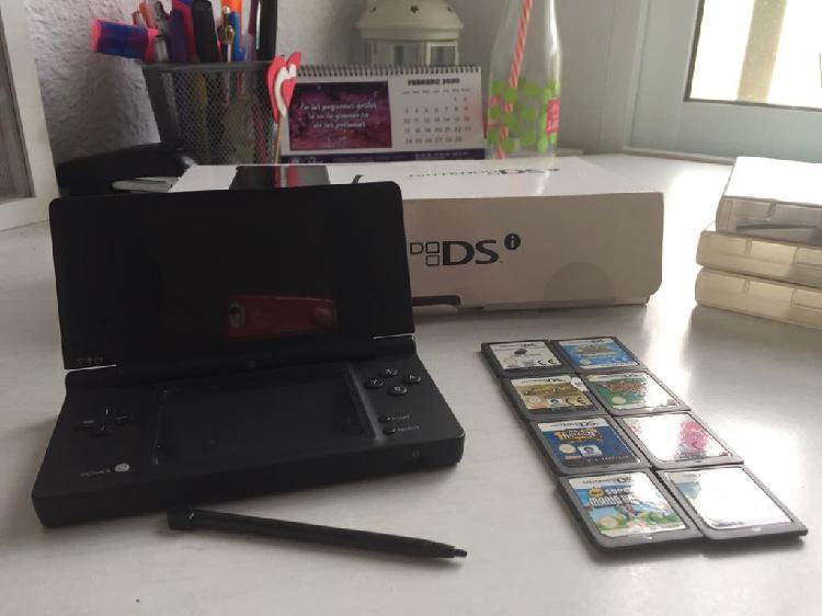 Nintendo dsi + 8 juegos