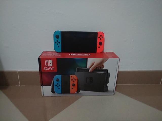 Nintendo switch + 2 juegos