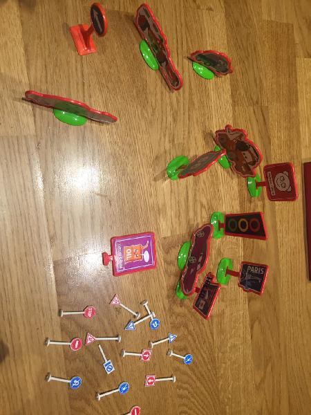 Señales de tráfico de juguete