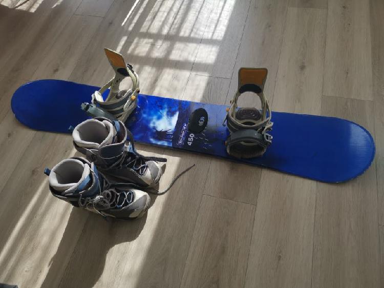 Snowboard, fijaciones y botas salomon