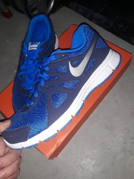 Nike revolution 2 nuevas a extrenar
