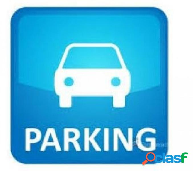 Plaza de parking doble en alquiler en la zona de gracia