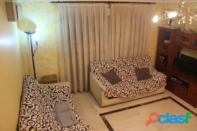 Se vende fantástico piso duplex en una de las mejores zonas de novelda (alicante)