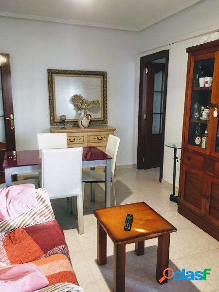 Gran apartamento en Los Montesinos centro 1