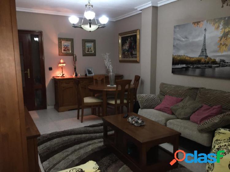 Gran apartamento en Los Montesinos centro 2