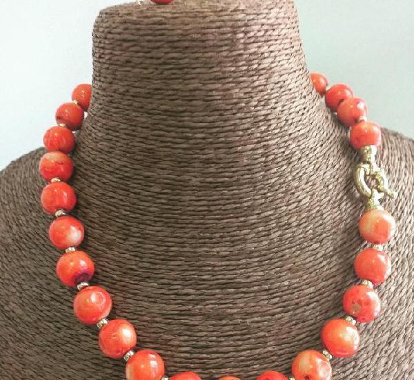 Collar de coral natural naranja