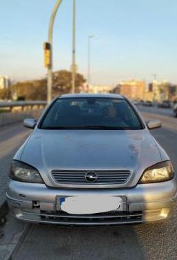 Opel astra 2.2 dti 16v bertone edition