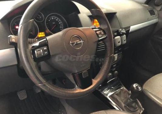 Opel astra twin top 1.9 cdti cosmo 2p.