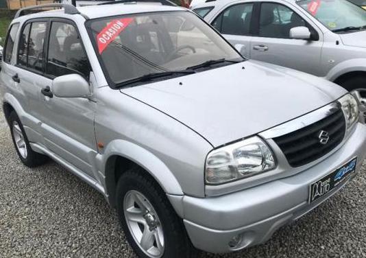 Suzuki grand vitara 2.5 v6 5p.