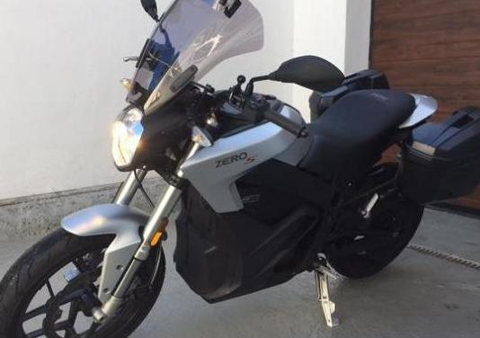 Zero motorcycles naked