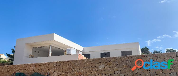 Villa nueva en venta en calpe,