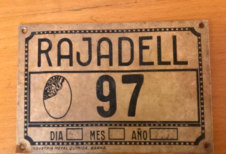 Matrícula de carruaje - 1933 – rajadell- metal.