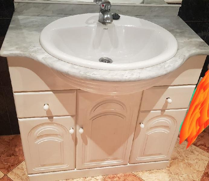 Mueble de baño.