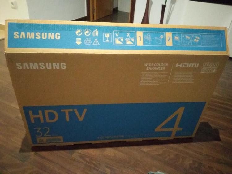 """Televisor nuevo samsung 32"""""""