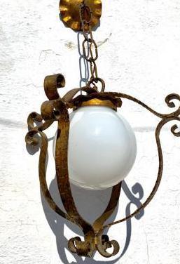 Antigua lámpara de techo