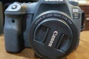 Canon eos 6d mark ii con 50mm f1.8 stm