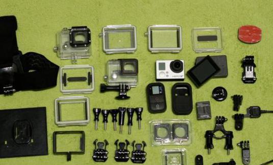 Gopro hero 3 black con pantalla y accesorios.