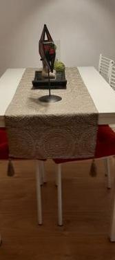 Mesa estrecha para cocina o comedor pequeño