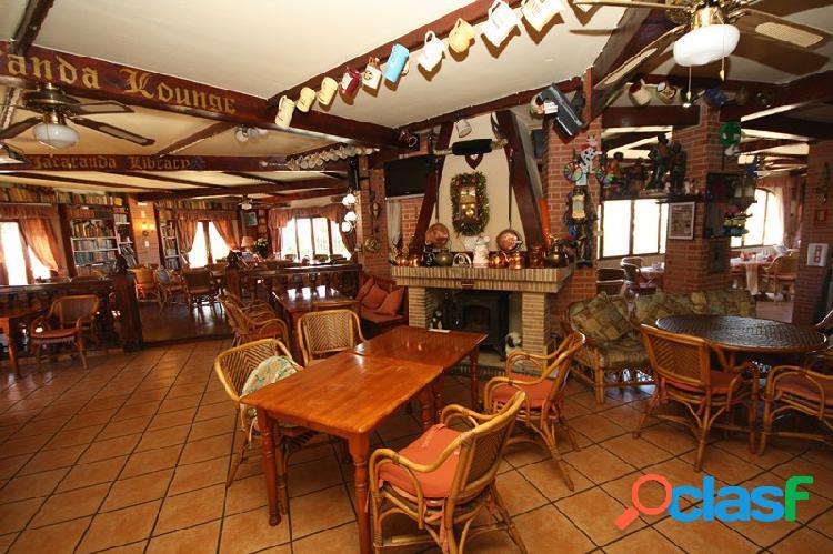 Fantástico Bar restaurante de 3