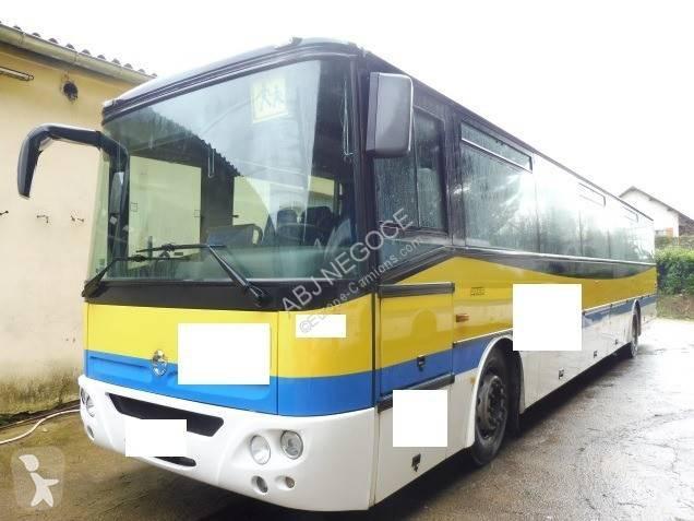 Autocar Irisbus transporte escolar Axer Diesel Euro 3 usado