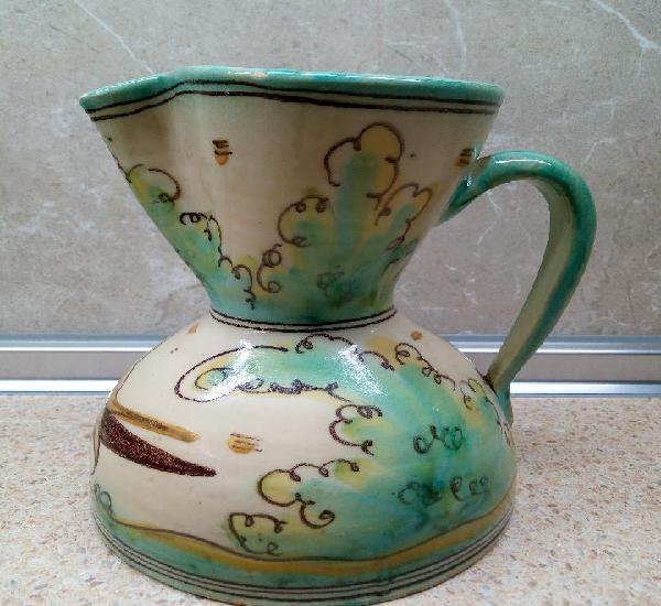 Ceramica de biar, jarra de loza esmaltada con pajaro sellada