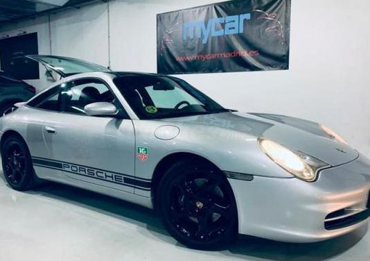 Porsche 911 carrera targa 3p.