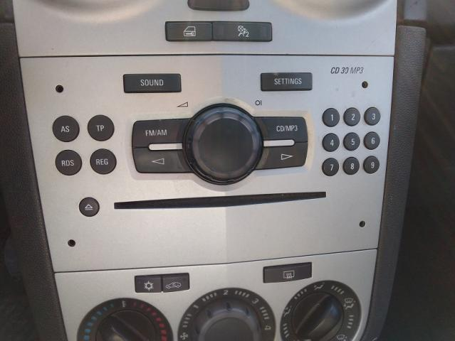 Radio cd, con mp3 para opel corsa sport.