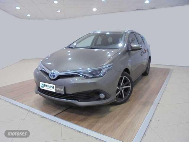Toyota Auris Hybrid 140H Feel! 5P Aut. de 2017 con 66.396 Km