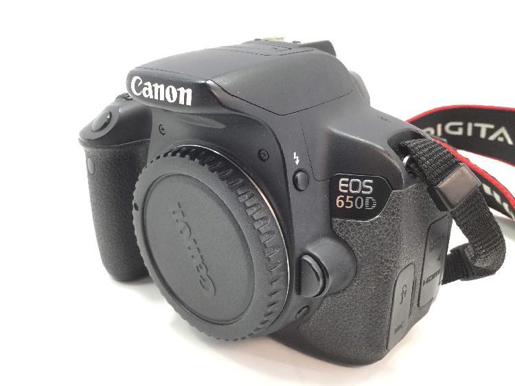 Camara digital reflex canon eos 650d