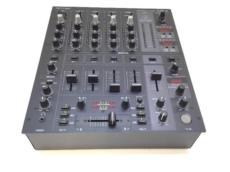 Mesa dj behringer pro mixer djx750