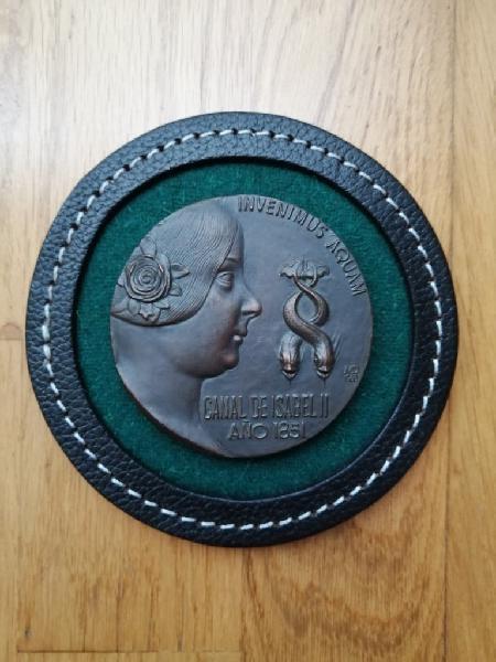 Medalla conmemorativa del canal de isabel ii 1968