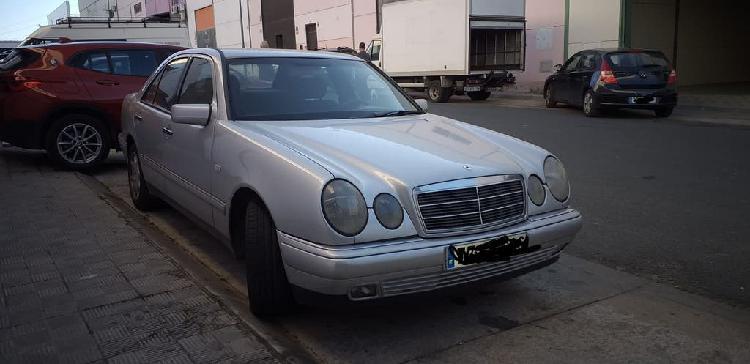 Mercedes e 290 w210 motor averiado