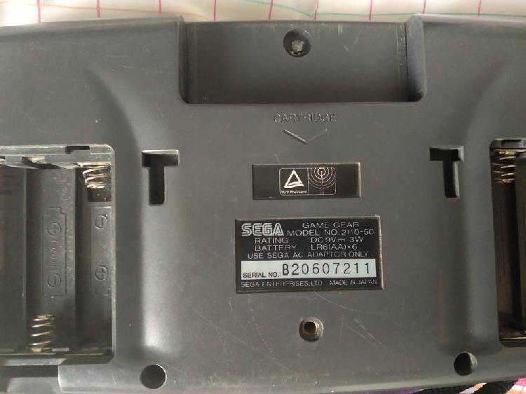 Sega game gear + juego y cargador