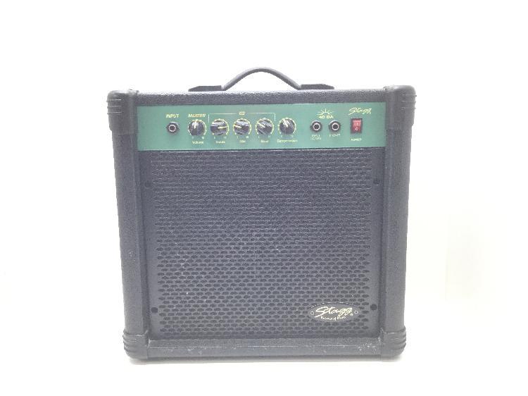 35 % amplificador guitarra stagg 40 ba