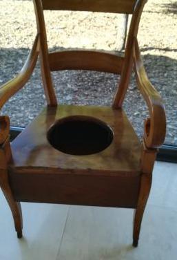 Butaca wc s xix madera restaurada antigua