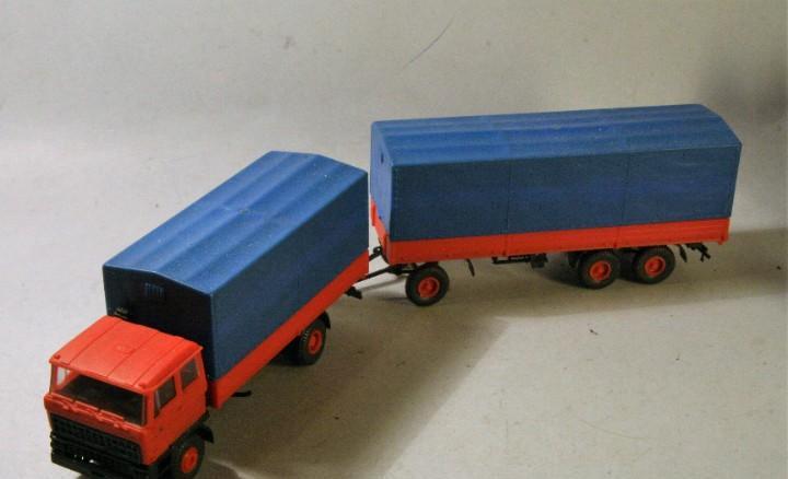 Kibri. escala h0. camión daf con remolque. (faltan