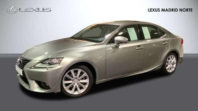 Lexus is 300 h executive '17