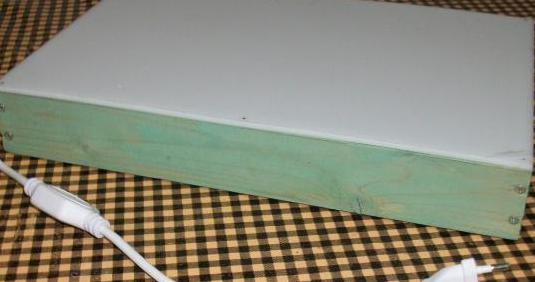 Mesa de luz 33x22 cm para calcar. nueva