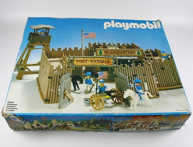 Playmobil oeste: fuerte fort randall en caja sin accesorios