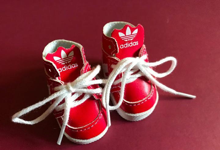 Preciosas botas rojas válidas para nancy famosa años 70